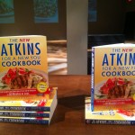 The New Atkins Cookbook: 200 Easy New Recipes