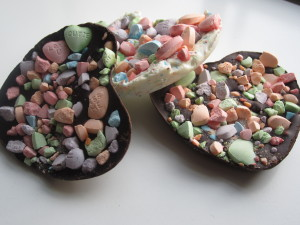 Valentine's Sweetheart Bark and Candy Buttons
